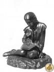 Скульптура «Пионерка»