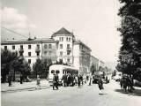 Улица им. П. П. Аносова. Остановка трамвая Вокзал. 1968 год.