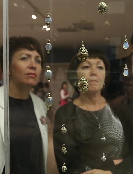 Выставку Музеев Кремля сменит экспозиция музея истории религии