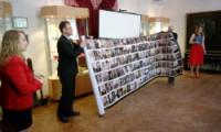 Компания «Интерсвязь» передала в дар фотографии со Стены Памяти